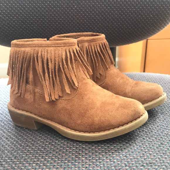 Suede Ankle boots with fringe little girl